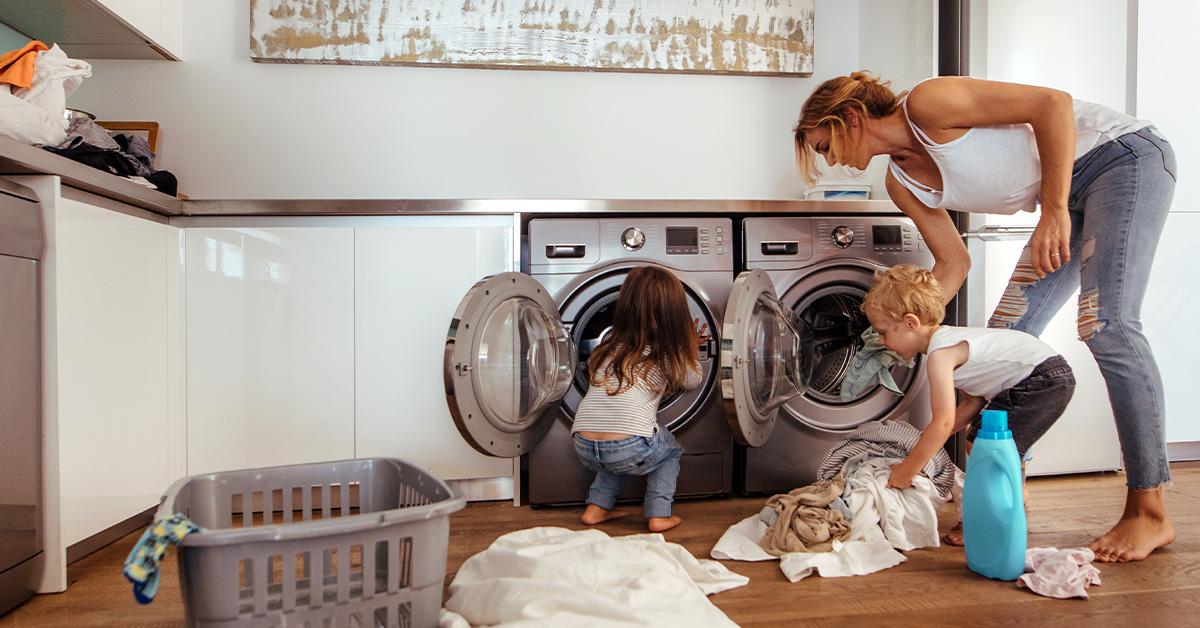 Cura e manutenzione della lavatrice per evitare sprechi in bolletta